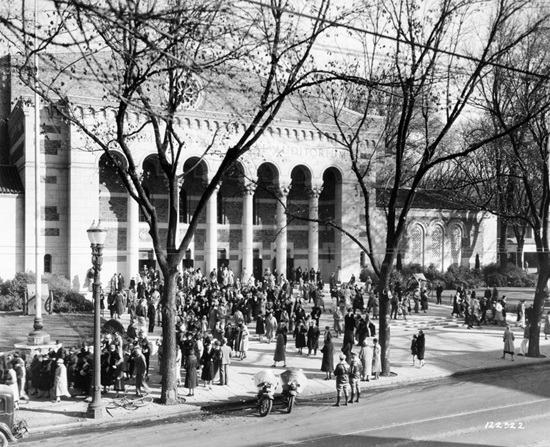 1927 memorial auditorium opening